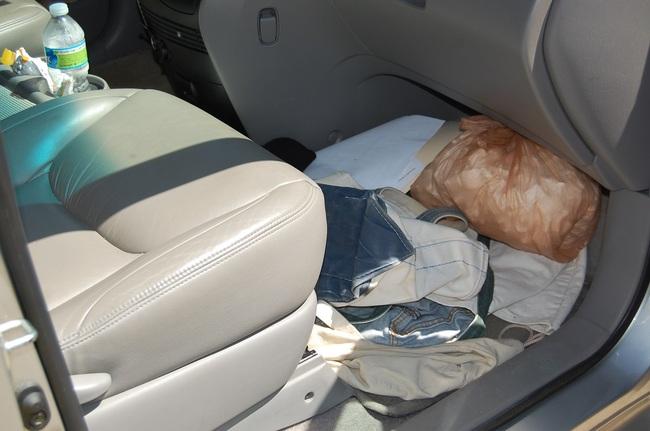 Recoger la basura del interior del coche